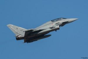 Тайфун със съвместен италиано-български екипаж