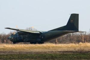 C-160 Transal рулира