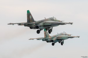 Излитане в двойка на Су-25