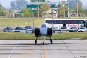 F-15C рилира след задача с МиГ-29