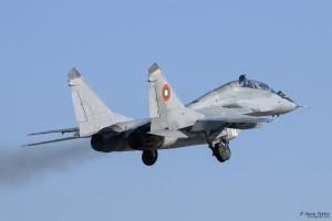 Излита МиГ-29УБ