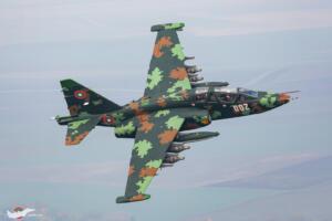 Су-25УБ в нов дигитален камуфлаж