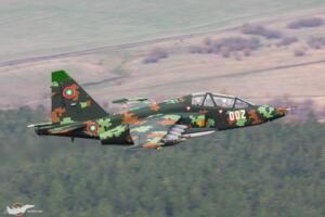 Нова дигитална камуфлажна схема за Су-25